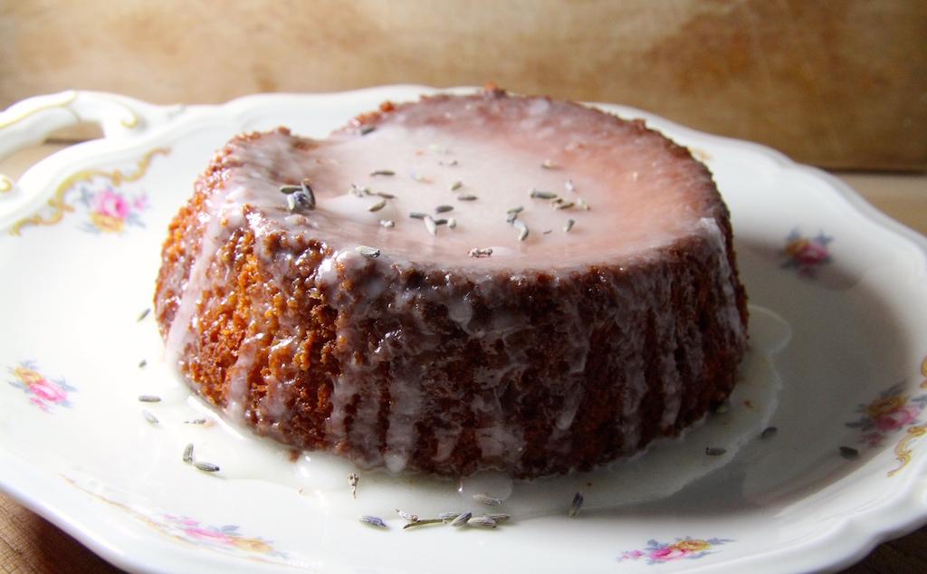 lavender_lemon_drizzle_cake